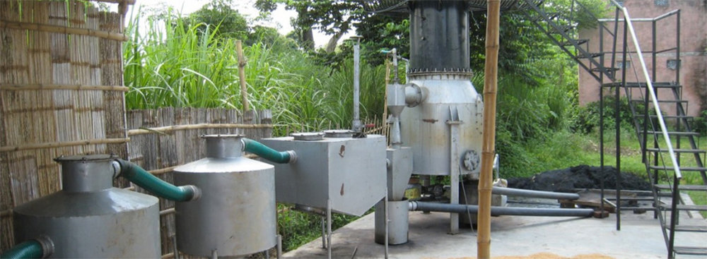 A Husk Power Systems biomass micro-grid. The company is now focused on solar-biomass hybrid systems. (credit: Acumen)