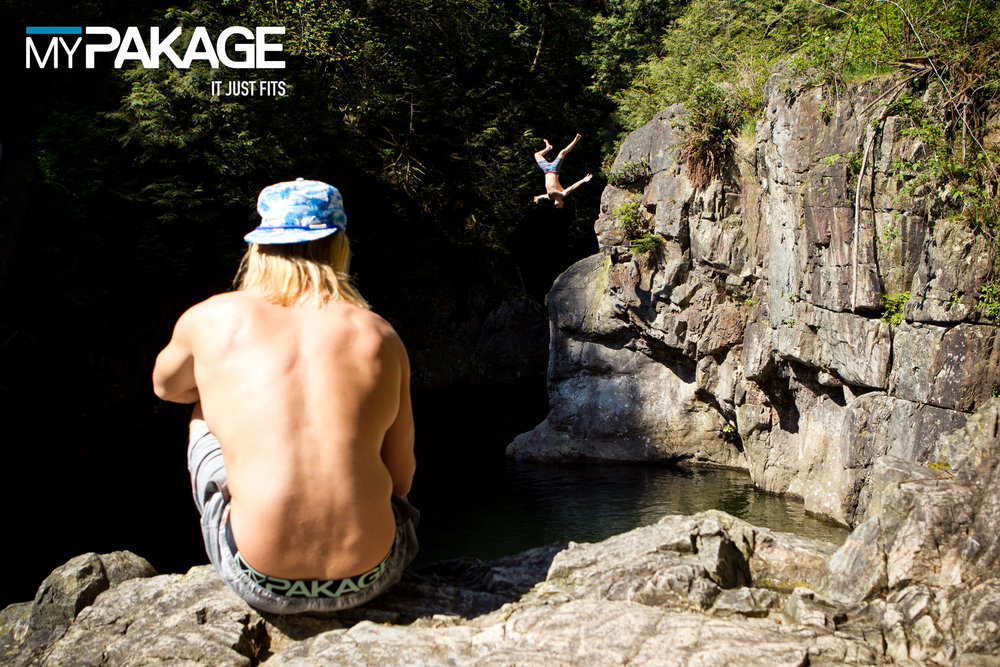 MyPakage-ActionSports-2015-CliffJumpBackflipSummer-ActionSeries (2).jpg
