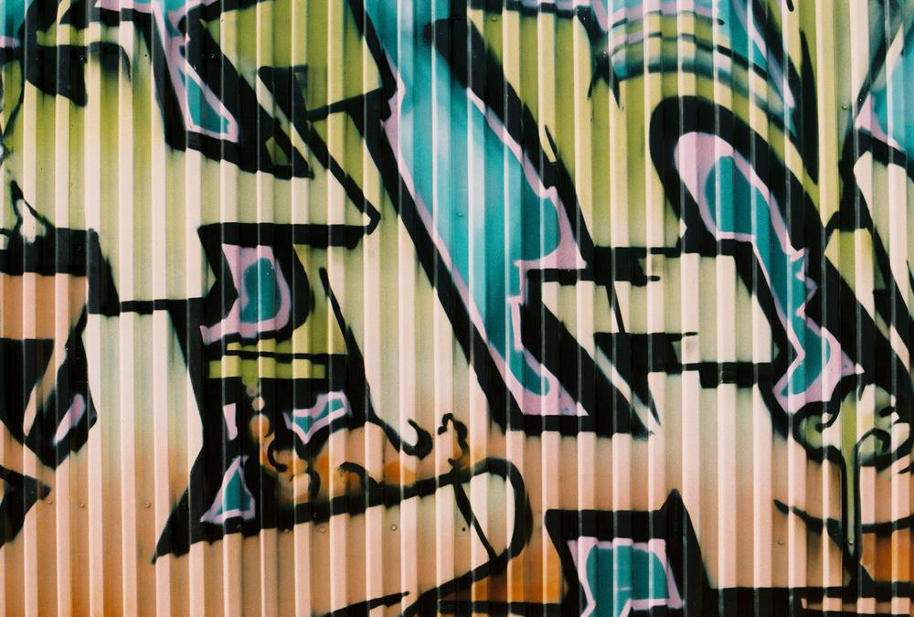 Graffiti Corrugado