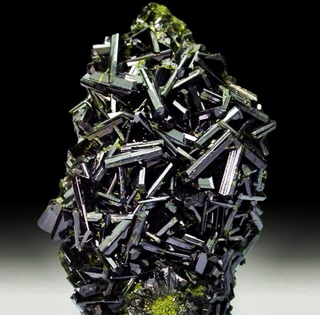Epidote is the antidote.