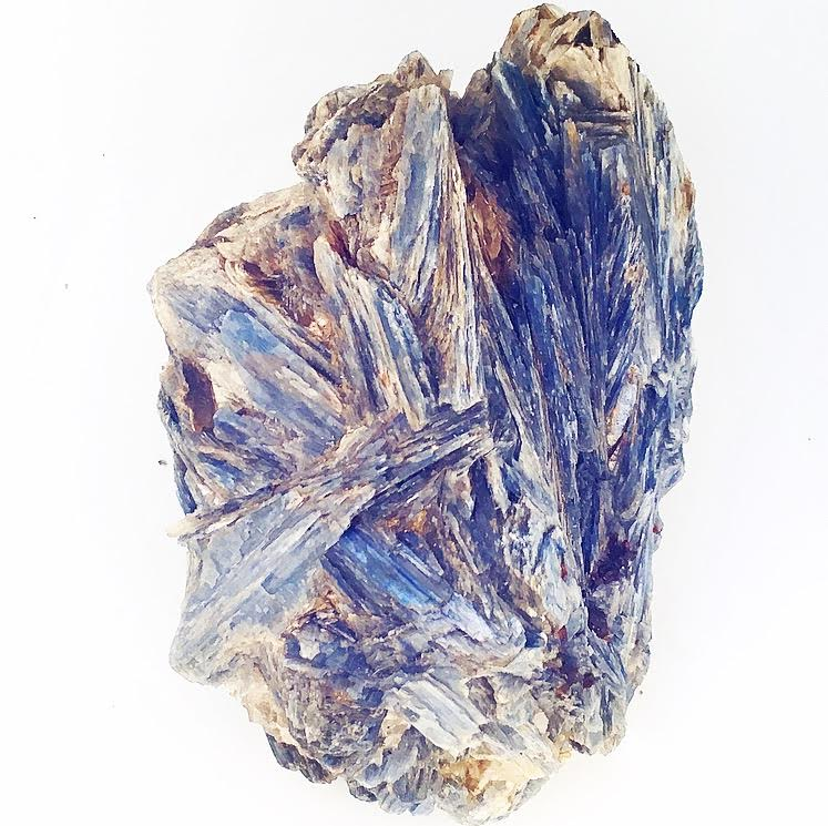:: Blue Kyanite ::