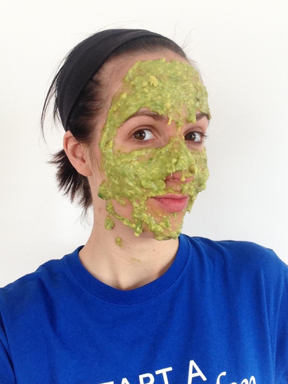 avocado-banana-honey-facemask.png