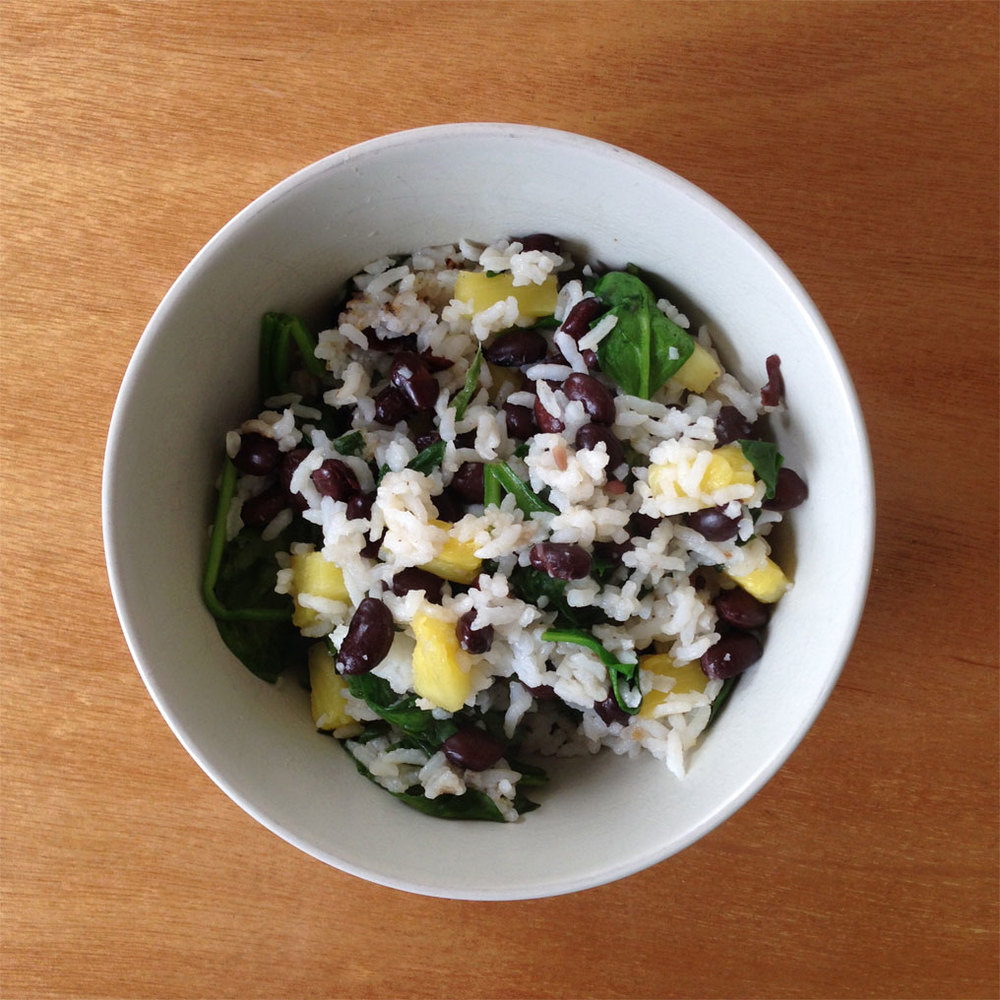 * I added pineapple in this bowl above to mix it up. Rice, black beans, spinach, pineapple. Another variety would be rice, kidney beans, kale, and gluten-free soy sauce.