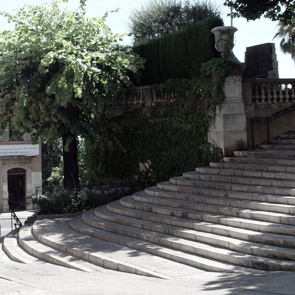 Escaliers du Cours.jpg