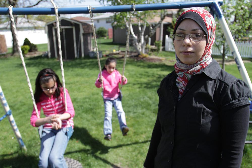 Amal Abusumayah and her daughters