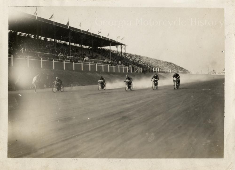 Atl speedway 1909 detroit library 2.jpeg
