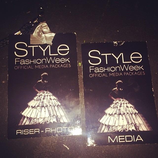 My passes for the LA Fashion Show this week :-) Minhas credenciais para o show the Fashion em Los Angeles :-) esta semana. (at Style Fashion Week Los Angeles)