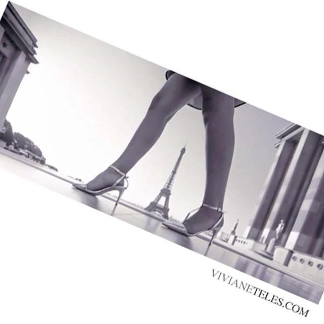 #easysquare #mylife #mybaby #paris#france#vivianetelesphotography #vivianeteles #elegant#legs#art#photo#travel#eiffeltower#love #europe#editorial #fashion #followme #fashionphotography #fun #love #myfavorite (at Paris, France)