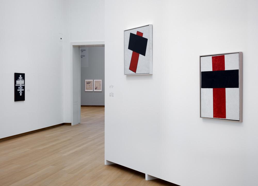 015.STEDELIJK MUSEUM -MALEVICH 2013-PH.GJ.vanROOIJ.jpg