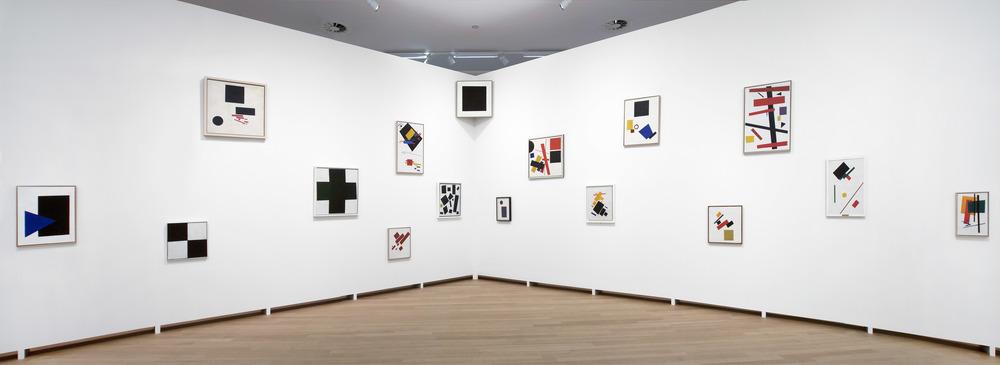 027.STEDELIJK MUSEUM -MALEVICH 2013-PH.GJ.vanROOIJ.jpg