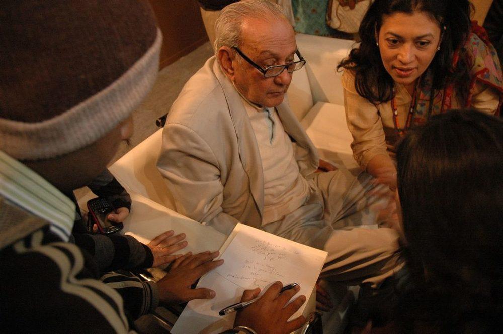 SH Raza at the Delhi Art Summit. Image from Wikimedia Commons.