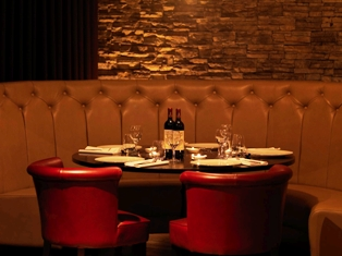 Bo'Vine calls itself the finest steakhouse in Glasgow