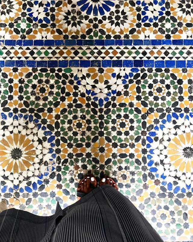 Look down. Bahia Palace, Marrakech 💙 . . . . #travelfar #travelwide #travelling #seesomeworld #travelersnotebook #efficientlybeautiful #iditravels #travelinmorocco #marrakech #morocco #idiMorocco #art #mosaic #tradition #handmade  #ihavethisthingwithfloors  #ishkadesignsinteriors  #brooklyndesigners  #interiordesigners