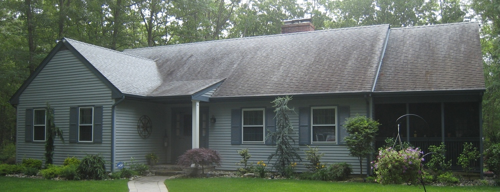 5a roof cleaning pic.JPG