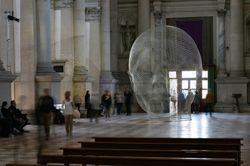together-jaume-plensa-venice-art-biennale-designboom-01.jpg