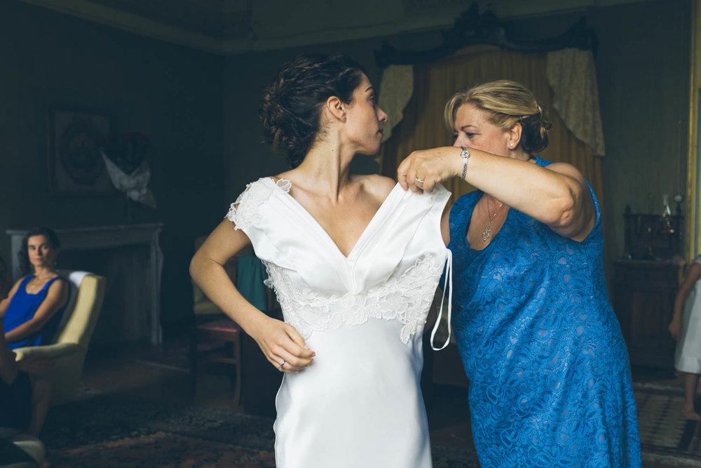 Sposa indossa vestito
