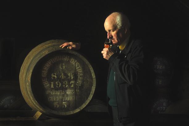 Kom ihåg att inte ta whiskyn för ung..om du inte gillar grappa! Godtag inte NAS om du kan! Bättre då att dricka Blended eller grappa..- No-age-statement - NASwhisky will kill us all!