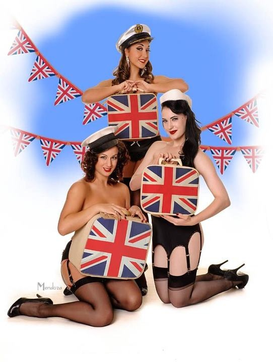 Happy Jubilee Weekend Darlings!