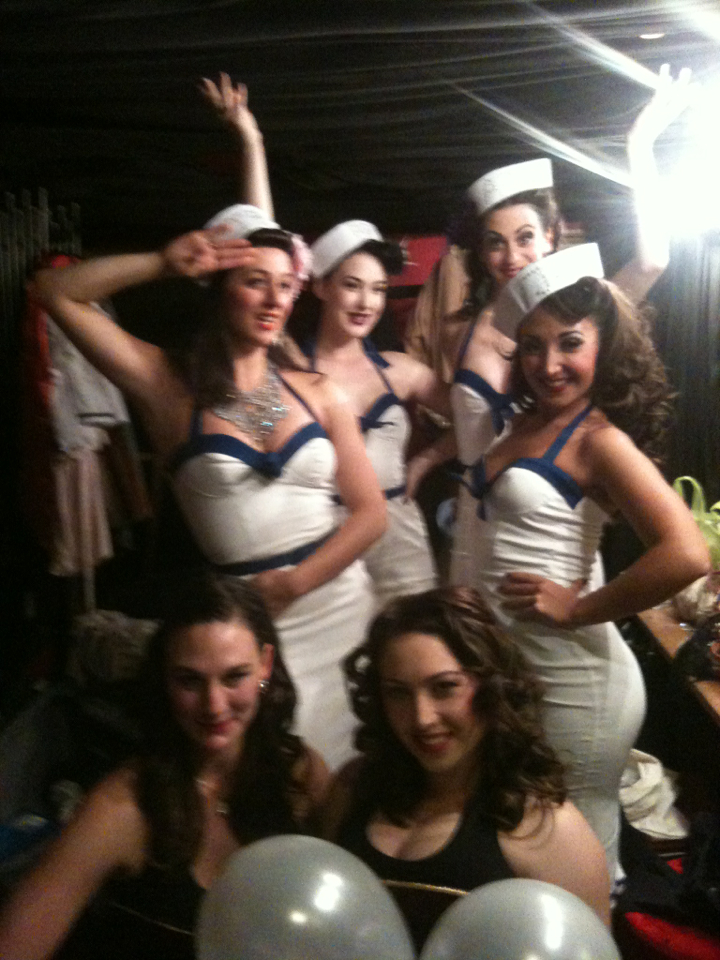 Bon Voyage! Our last Jojos Shipwrecked backstage with the crew