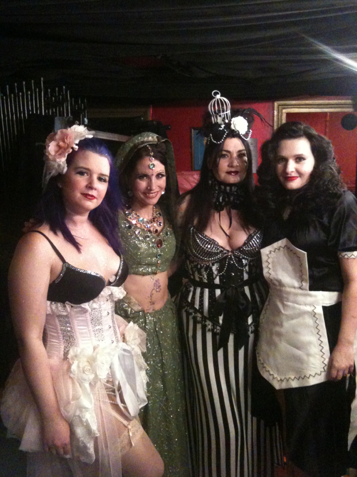 Back stage with 4 of our lovely ladies at the last heat of Burlesque Idol before the Grand Finale!