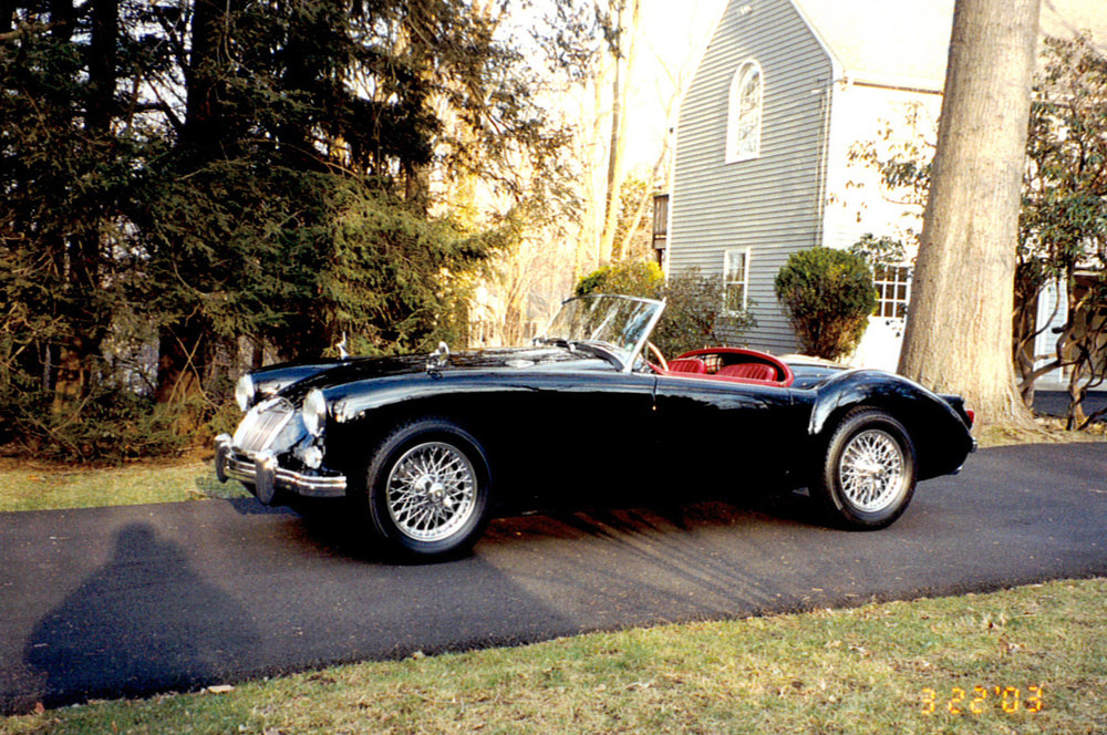 Kelly-1960-MGA-3-copy.jpg