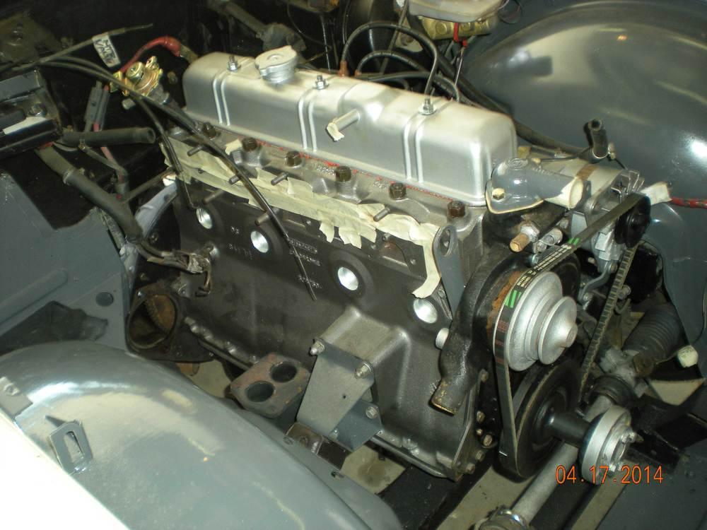 1976-Triumph-TR6-motor.jpg
