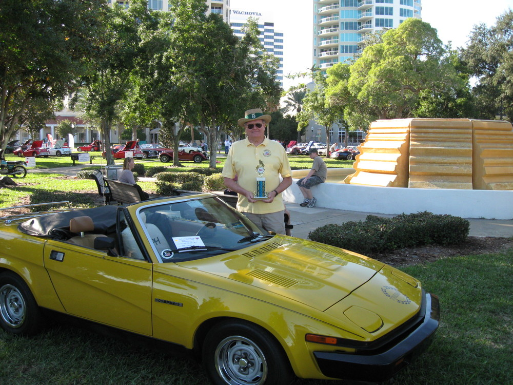 1980 Triumph TR7.jpg