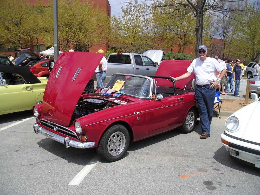 1966 Sunbeam Tiger 2.jpg