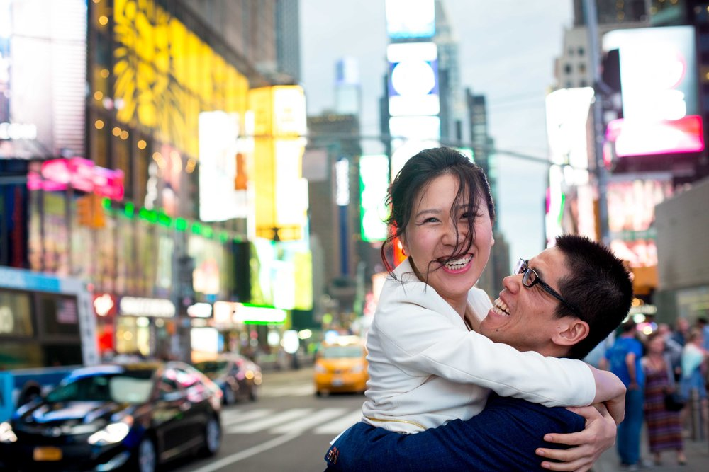 Times Square Engagement Session Photos Shoot NYC Wedding Photographer-1