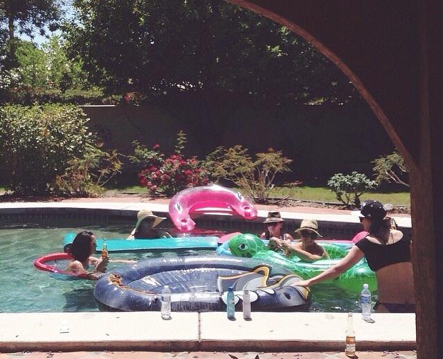 so many floaties