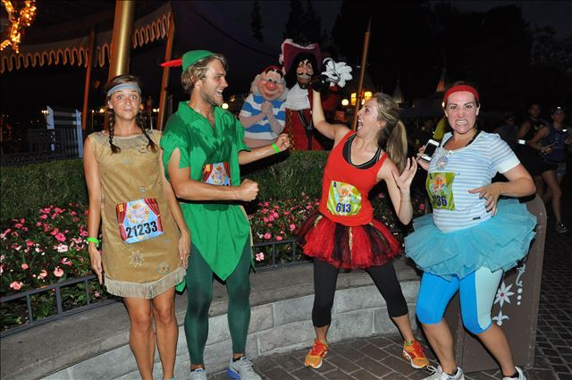 Rundisney Costumes Run Selfie Repeat