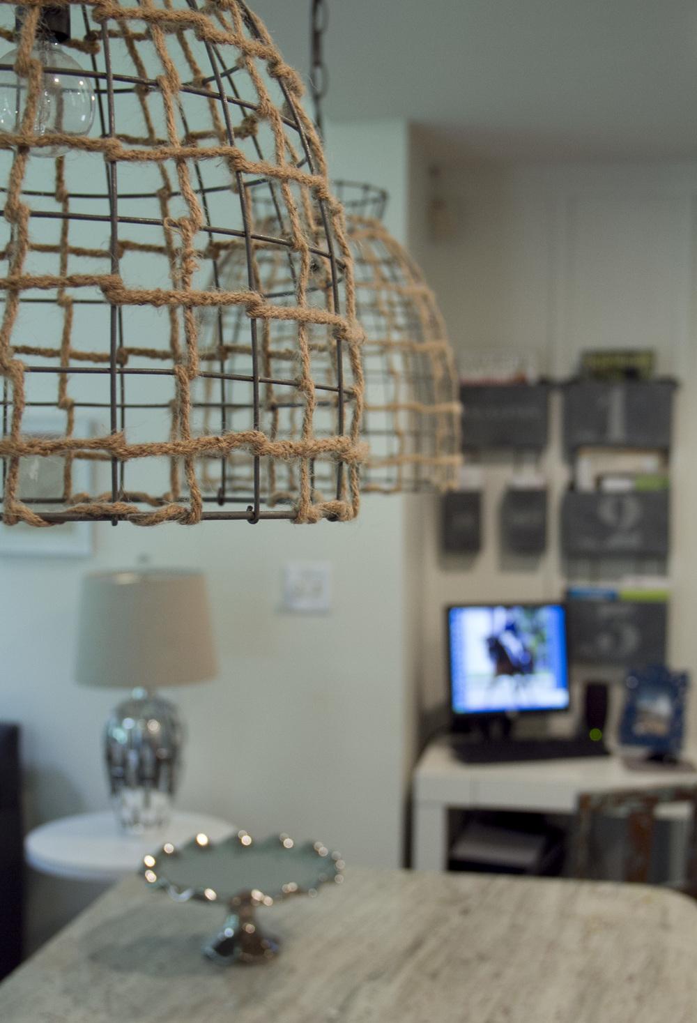 kitchen light detail 1.jpg