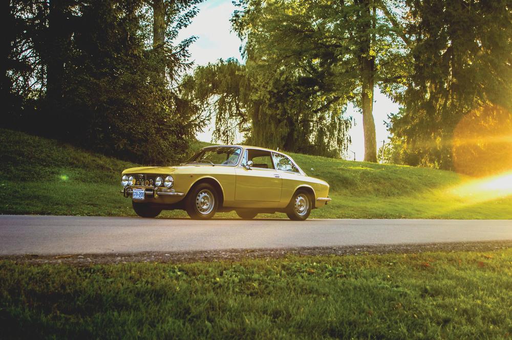 Alfa Flight (1973 Alfa Romeo 2000 GT Veloce)