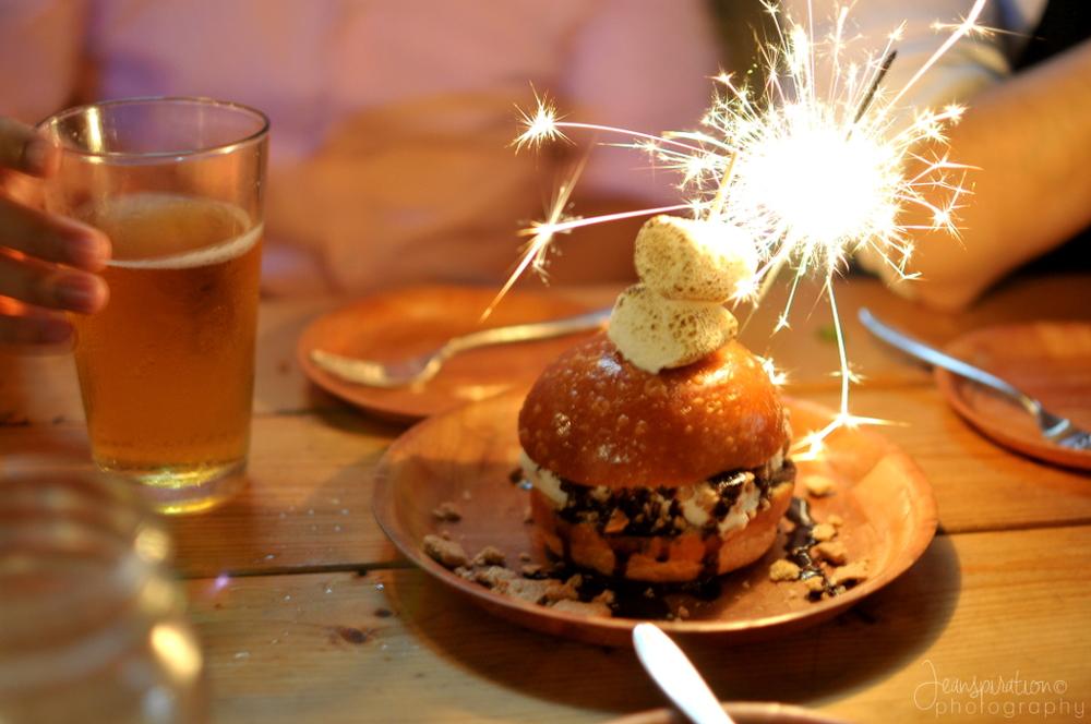 Big Crow ice cream s'mores sandwich | jeanspiration.com
