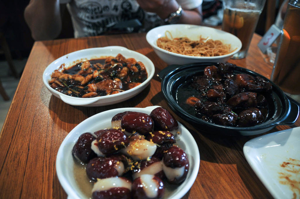 Delicious Shanghainese food at Jian'guo 328 Xiaoguan - my fave!