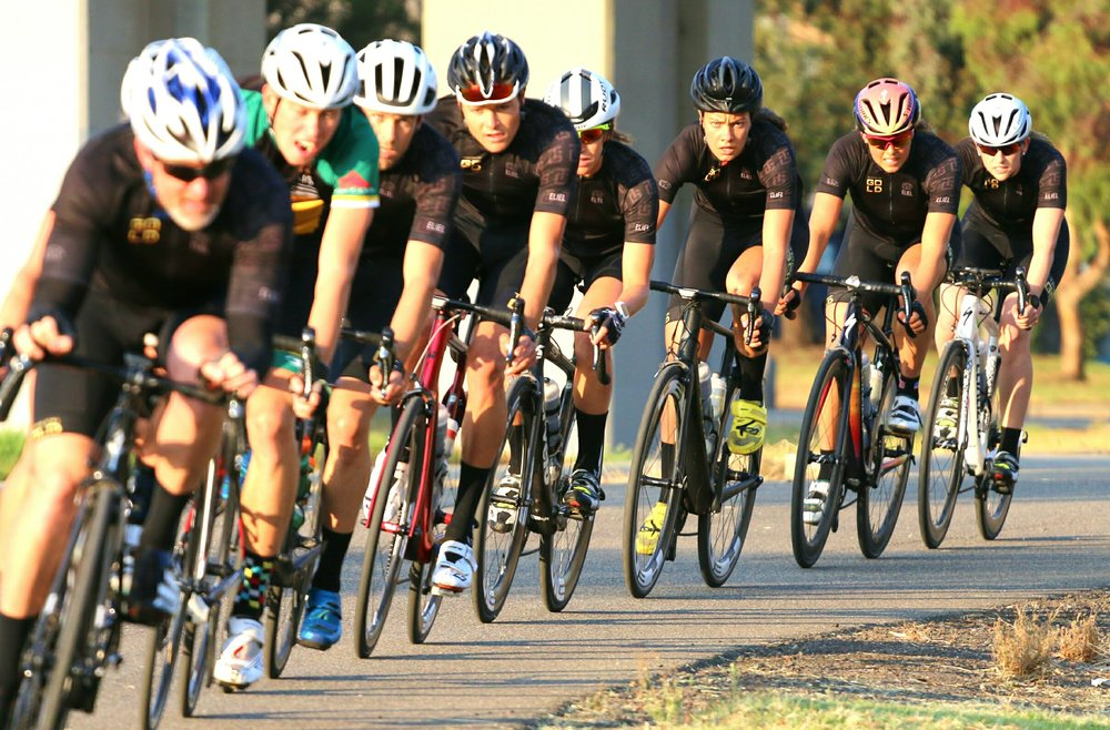 Draft-legal triathlon training with TriathlonGold Elite squad. All about the group dynamics! pc:  Gavin O'Sullivan