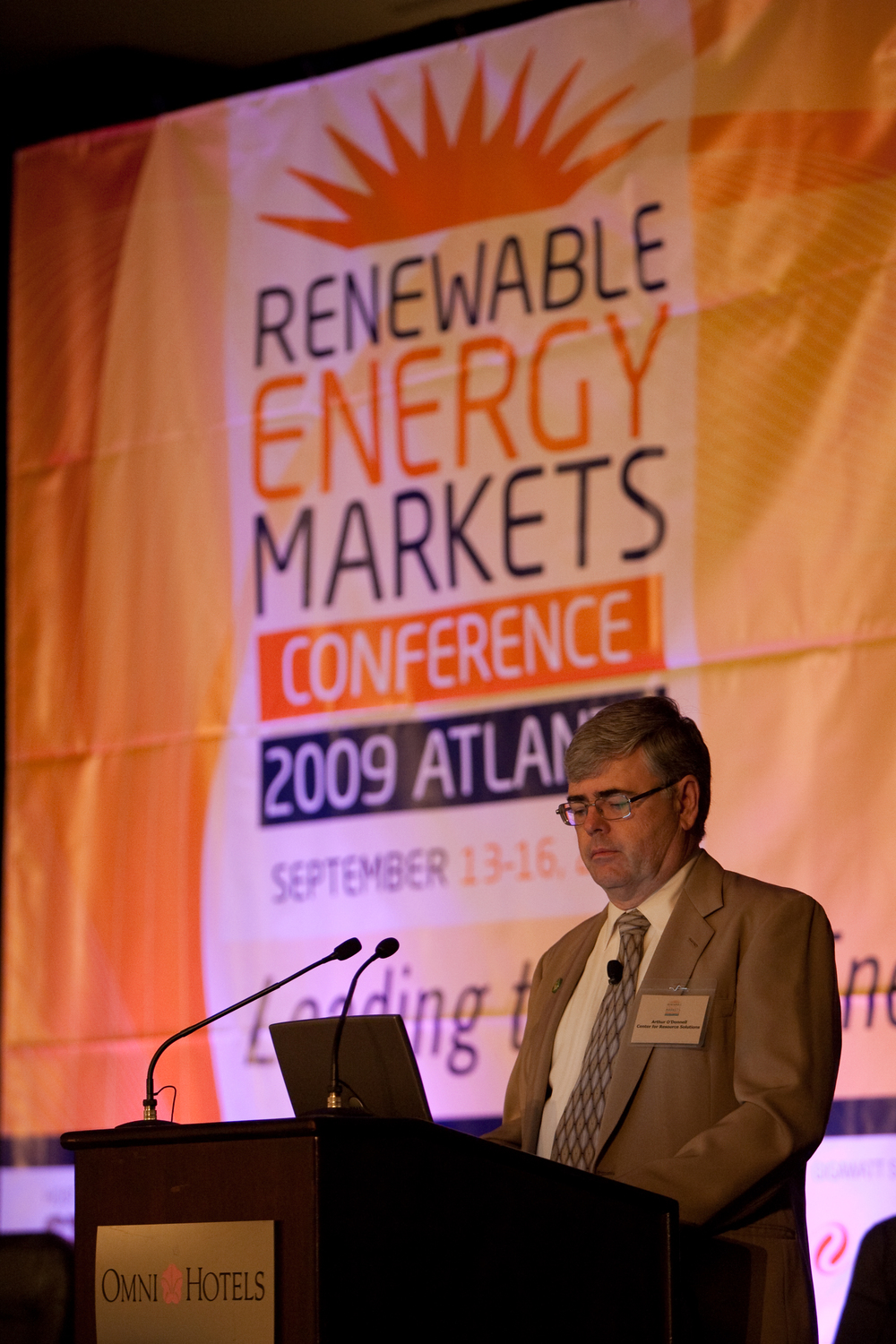 2090914renewableenergy0033.jpg