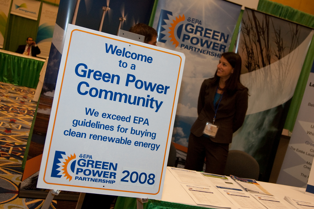 2090914renewableenergy20007.jpg