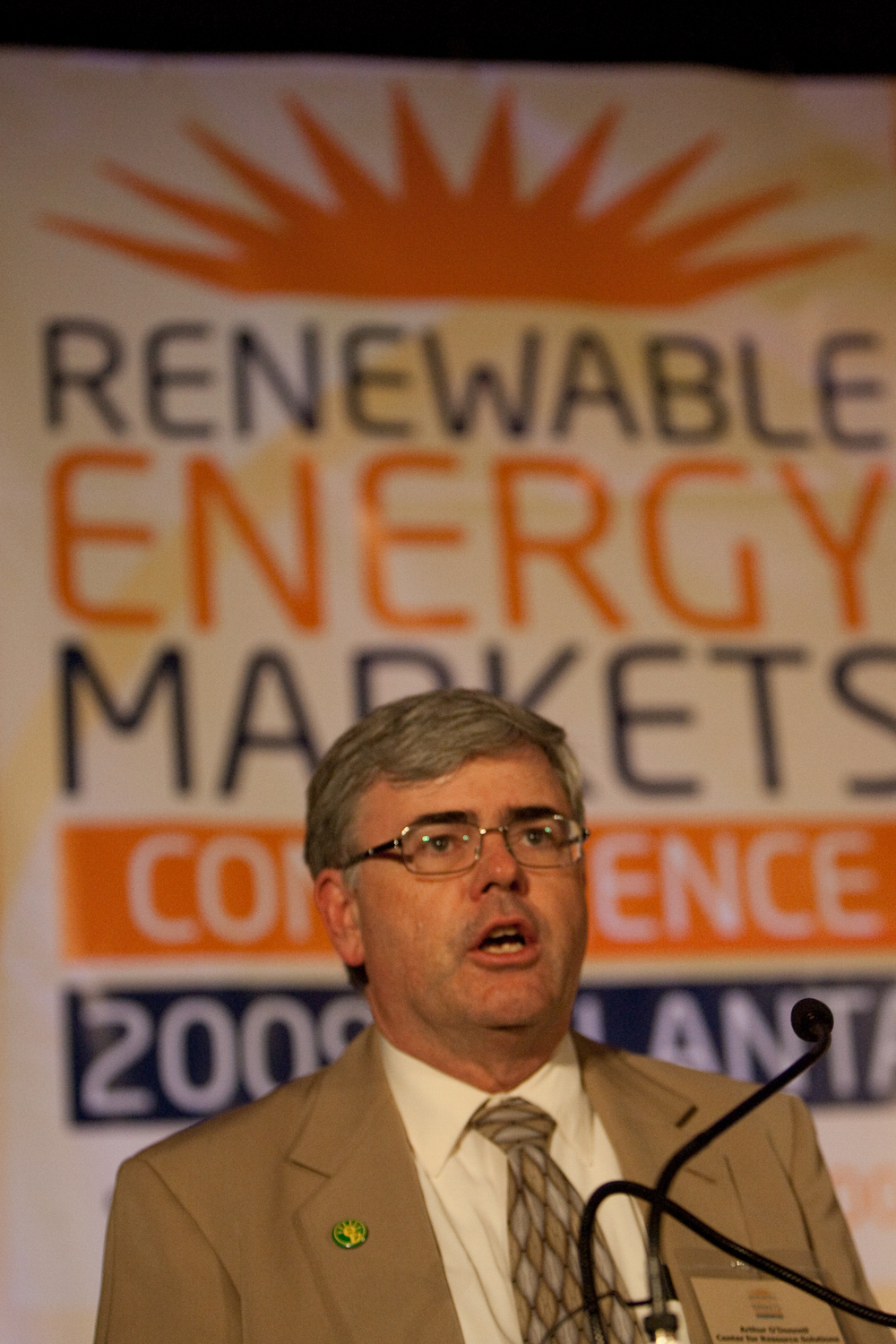 2090914renewableenergy20103.jpg