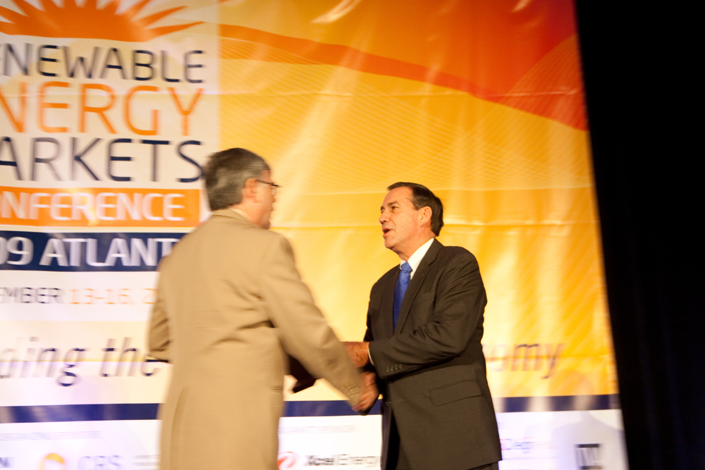 2090914renewableenergy20331.jpg