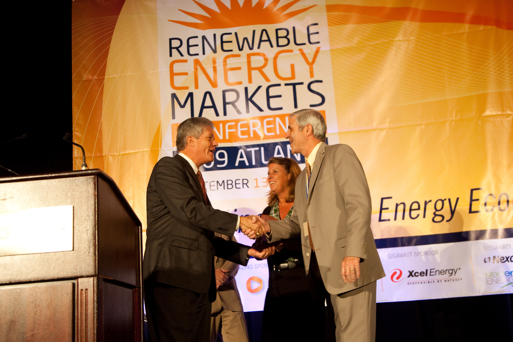2090914renewableenergy20335.jpg