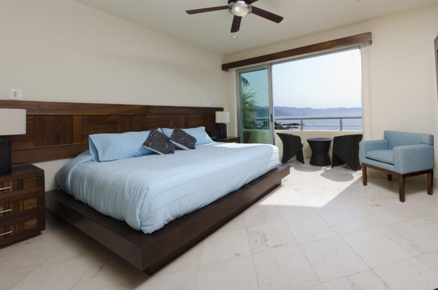 6 Bedroom.jpg