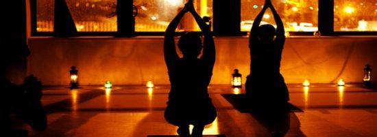 candle-light-yoga-550x201.jpeg