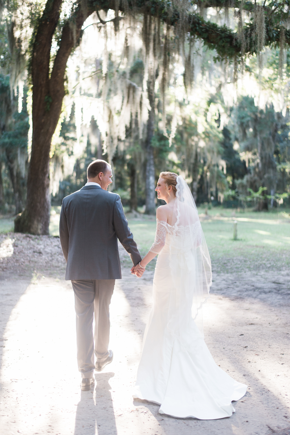 Southern Weddings on Daufuskie Island / cottagehillmag.com/journal/southern-weddings-on-daufuskie-island