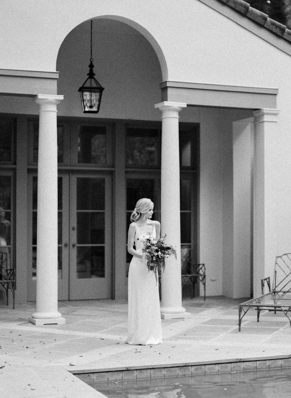 Black and White Bridal Inspiration | cottagehillmag.com