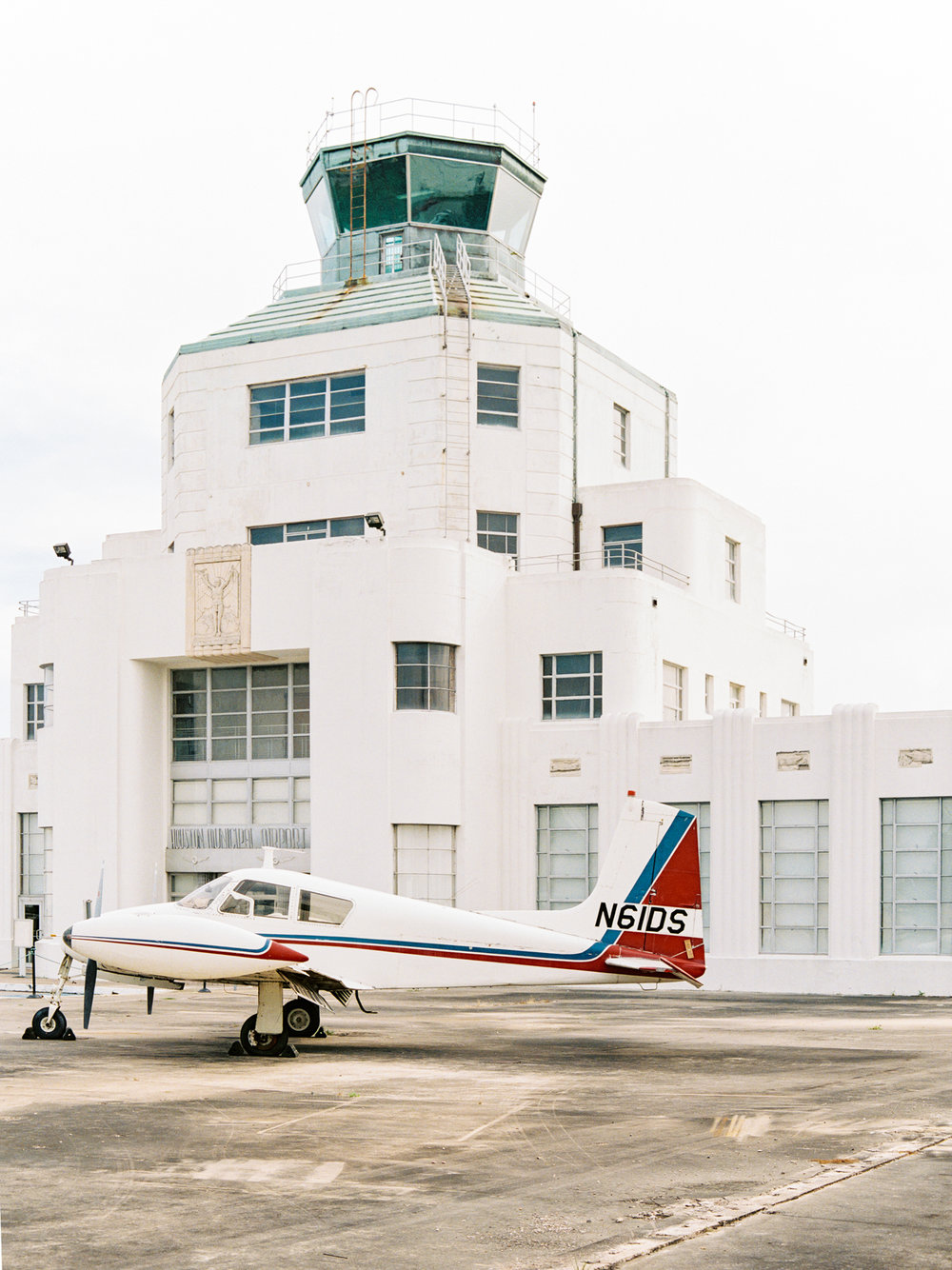 Family Session at Houston Air Terminal Museum, now on Cottage Hill