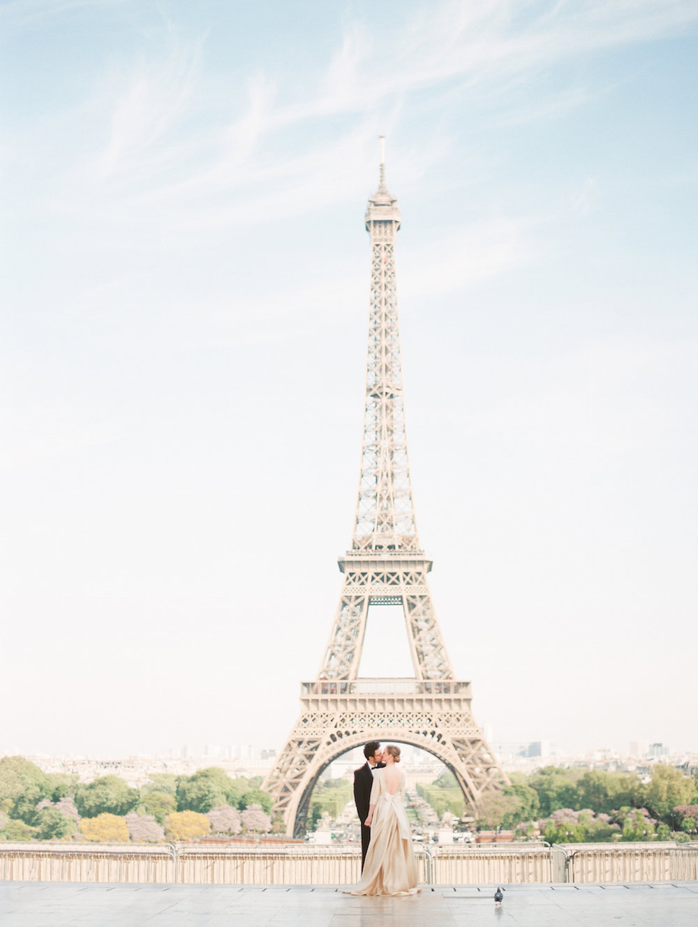 Kristin-La-Voie-Photography-Paris-Honeymoon-23.jpg