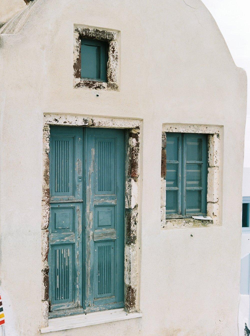 Santorini30thBirthday-011-min.jpg