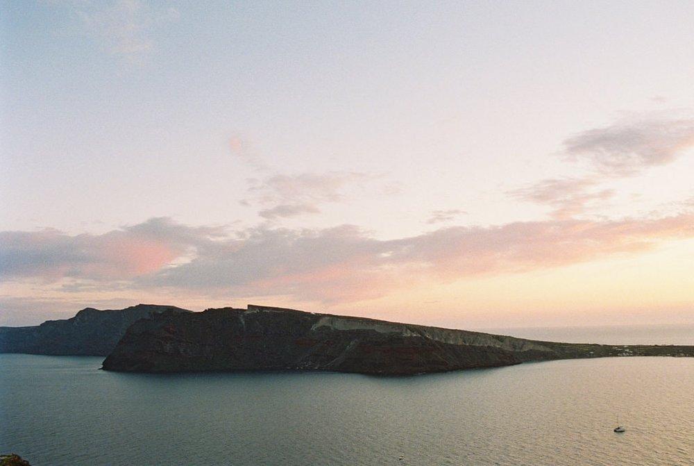 Santorini30thBirthday-019-min.jpg