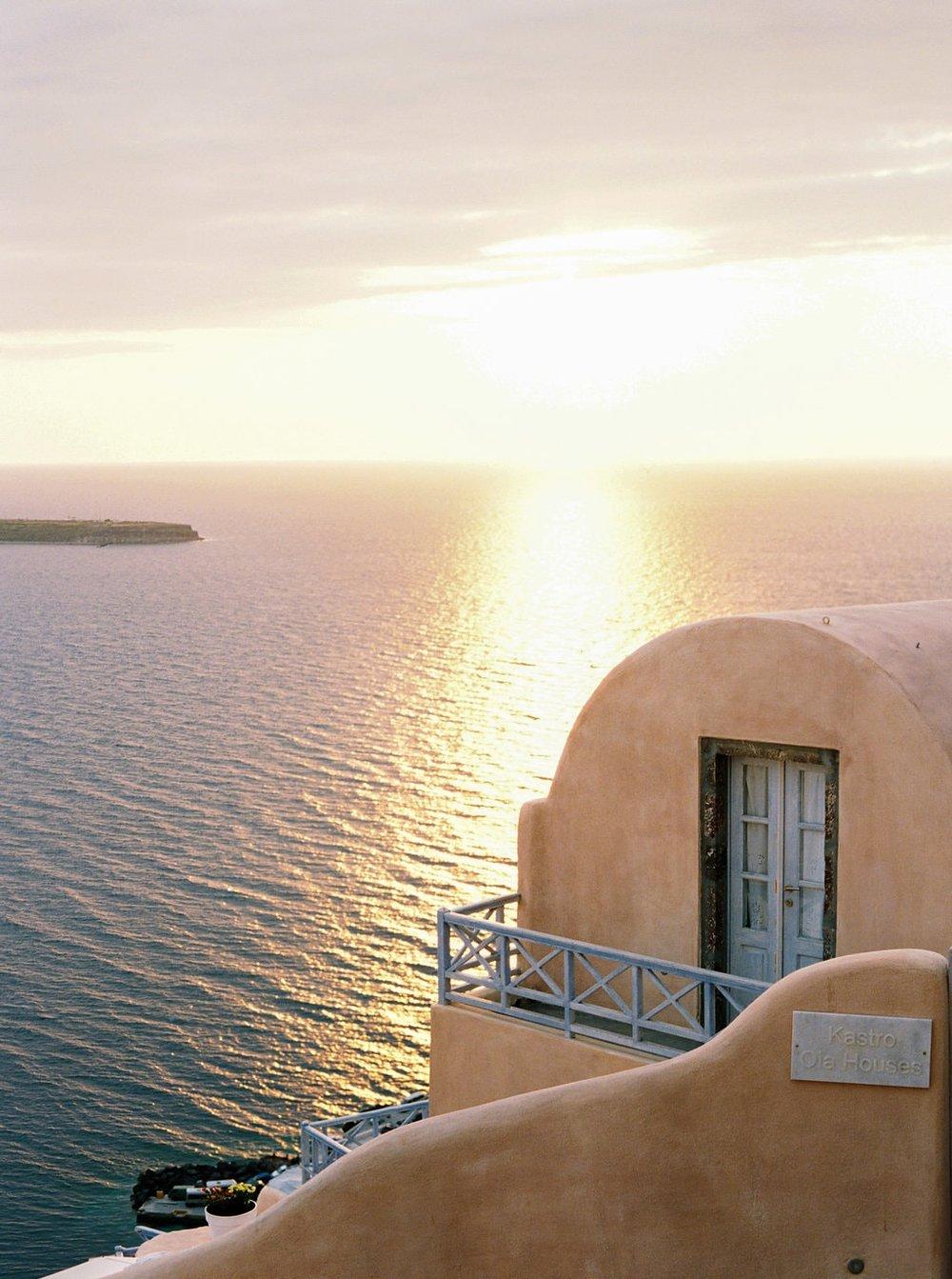 Santorini30thBirthday-096-min.jpg
